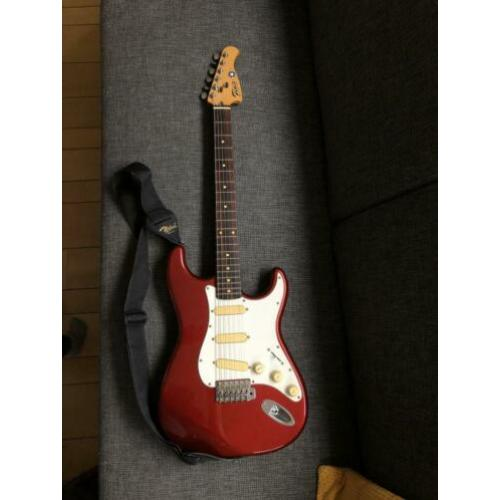 "Young Chang ""Fenix"" Stratocaster"